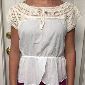 HD in Paris Anthropologie Crocheted Top Size 12